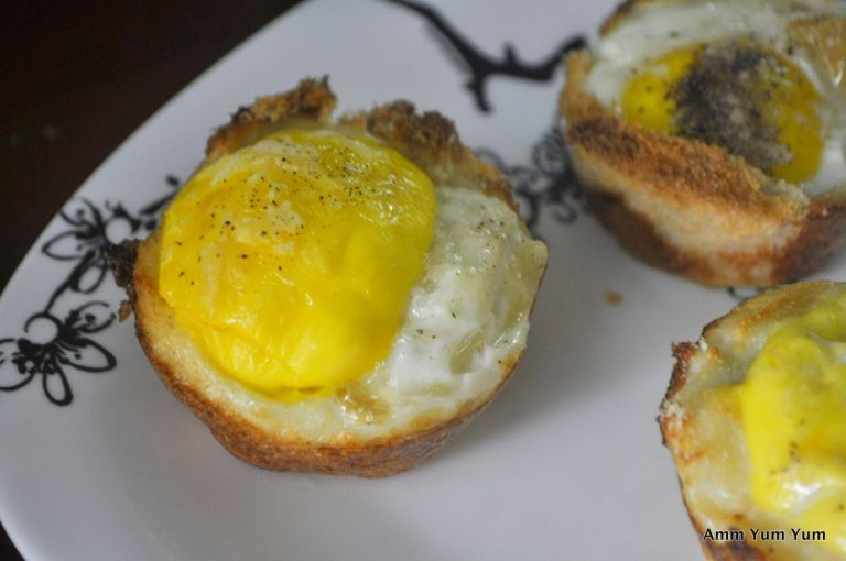 Egg and Toast cup close up