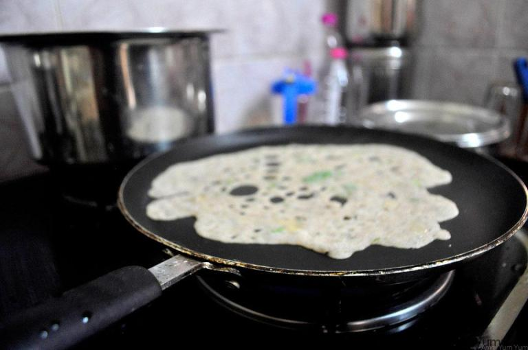 dosa_in_pan_start_compressed
