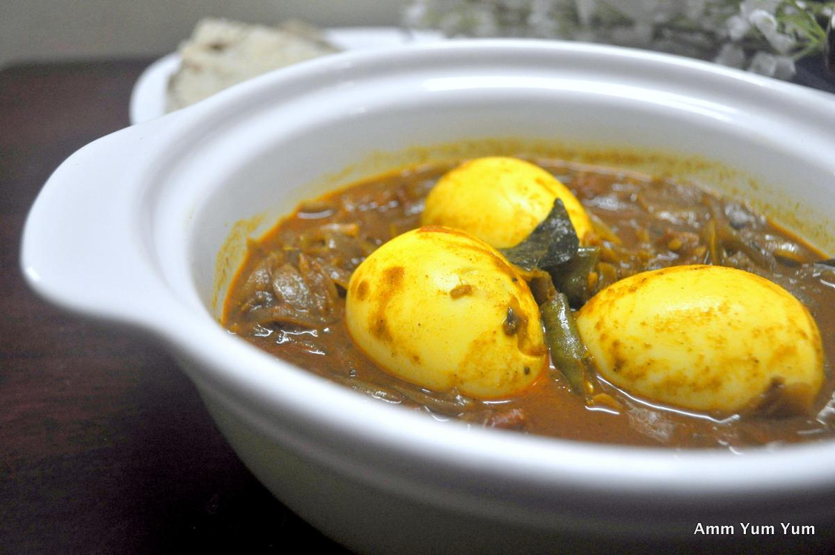 egg curry closeup