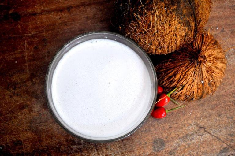 coconut_milk_3_compr